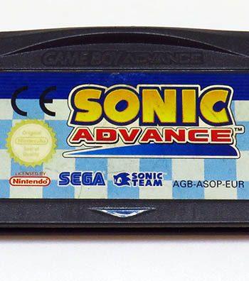Sonic Advance GAME BOY ADVANCE