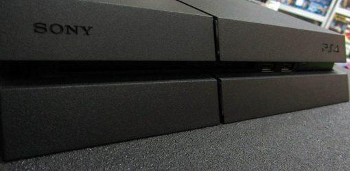 Consola Usada Sony Playstation 4 1Tb Preta